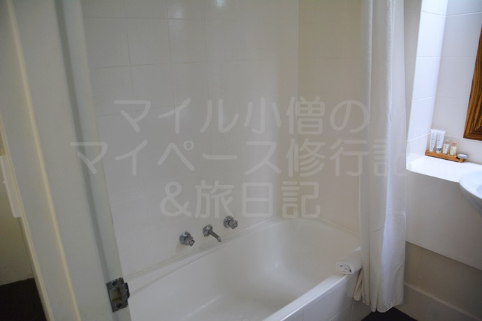 シドニーのアベイホテルのバスルーム