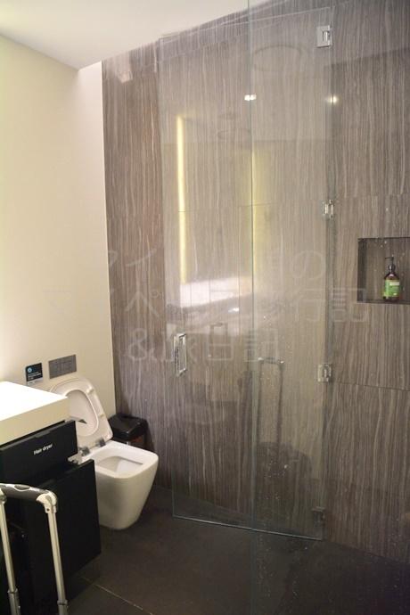 ニュージーランド航空ラウンジのシャワールーム
