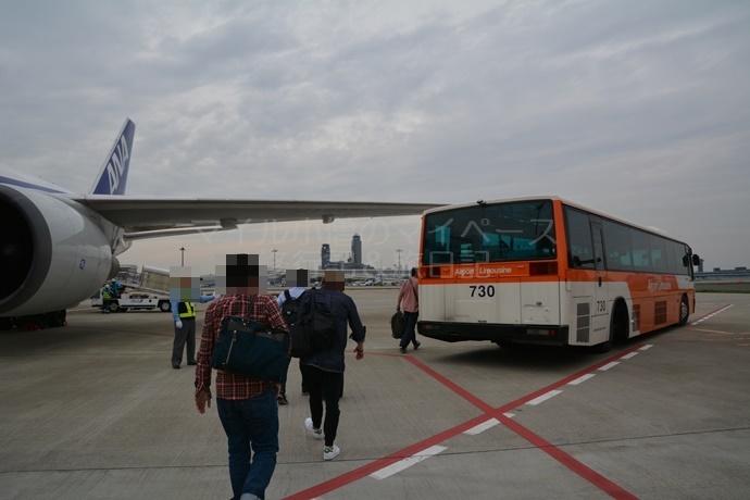 成田空港での国際線への乗り継ぎ経路
