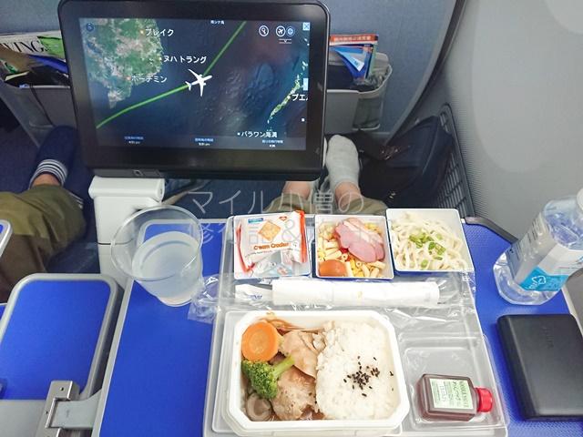 ANAプレミアムエコノミーの機内食